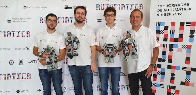 equipo de la UPV que ha ganado el CEABOT celebrado en A Coruña